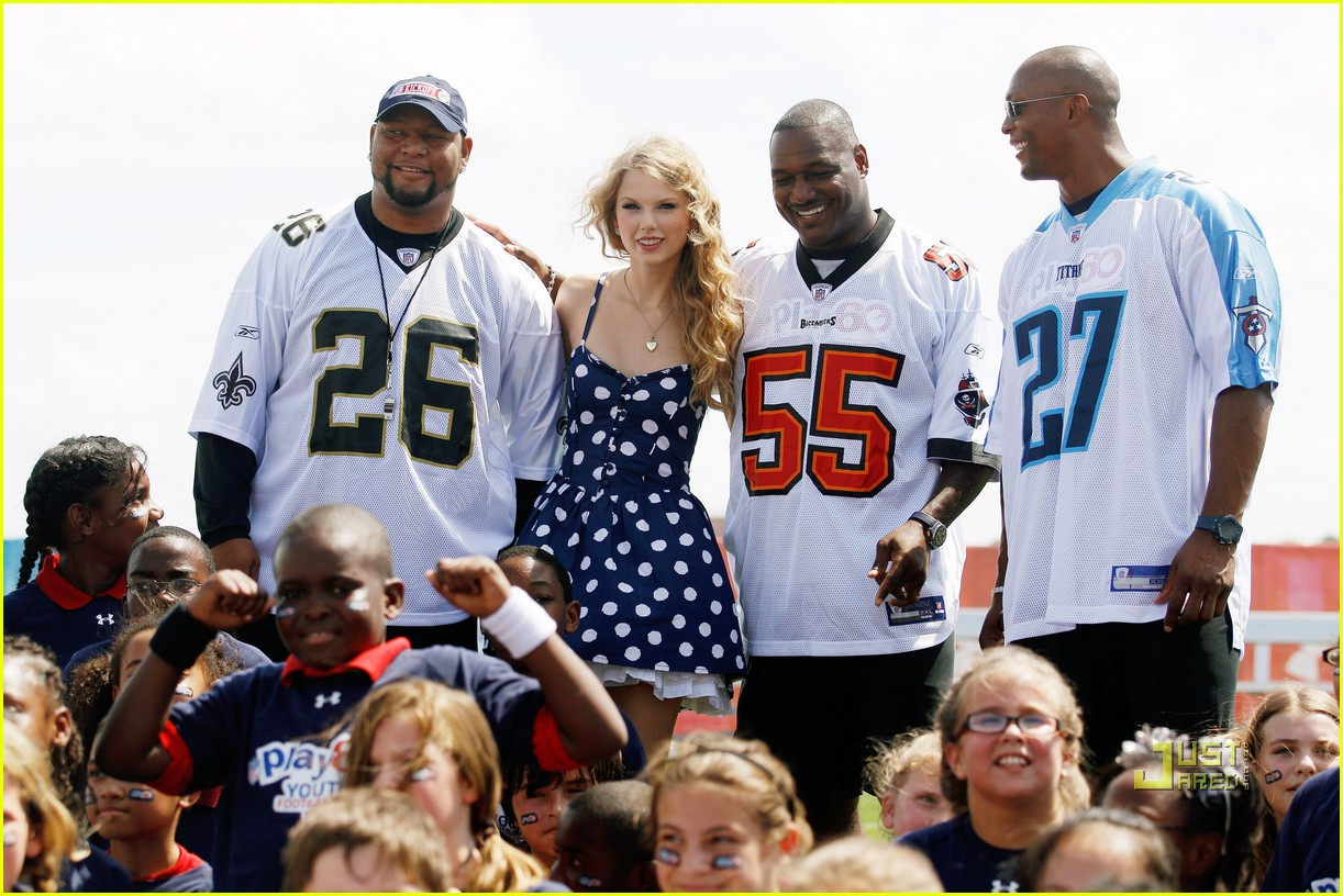 Taylor swift interracial
