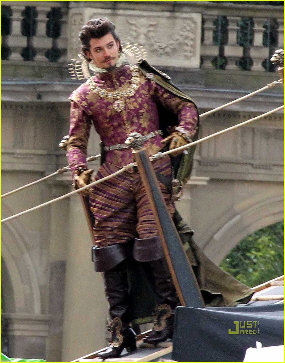 orlando bloom three musketeers 052480664