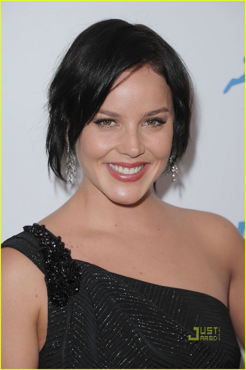 kelly osbourne abbie cornish peta 30th anniversary gala01