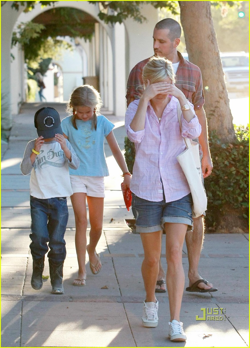 reese witherspoon ojai 032477753