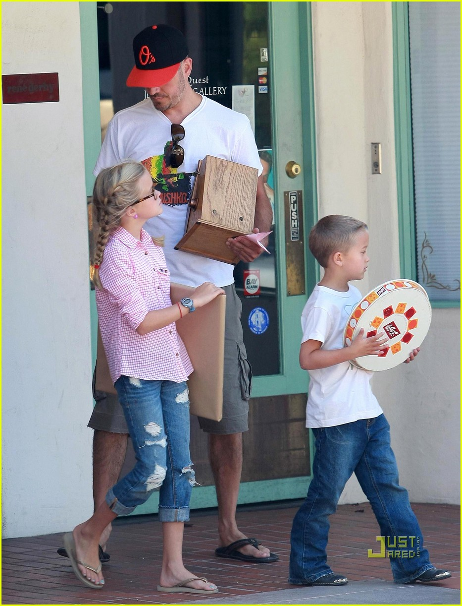 reese witherspoon ojai 112477761