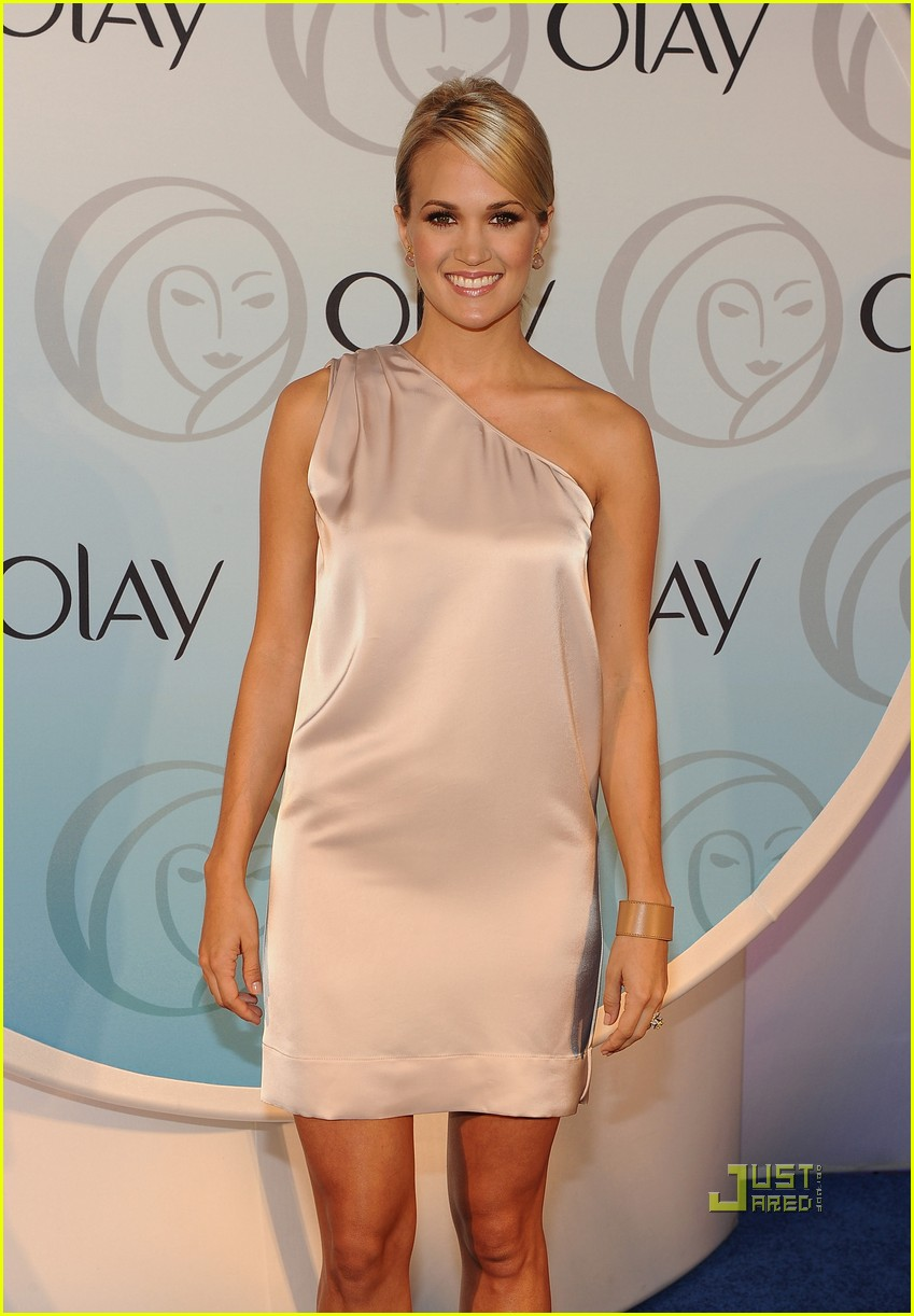 what olay products does carrie underwood use