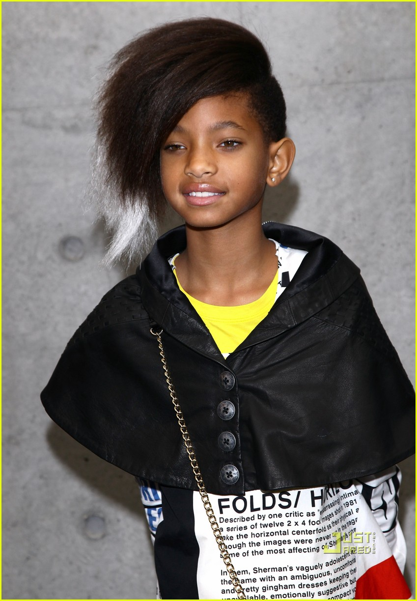 willow smith front row armani fashion show 092482671