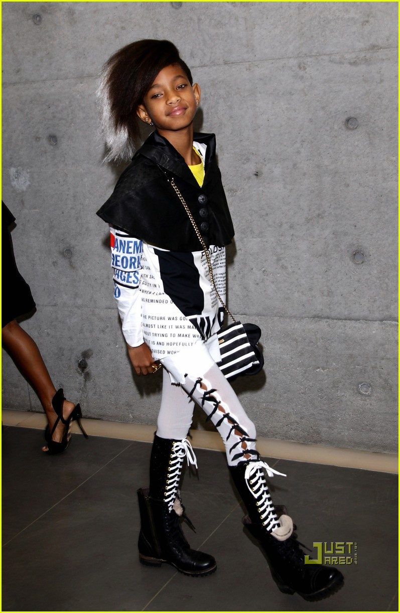 willow smith front row armani fashion show 11