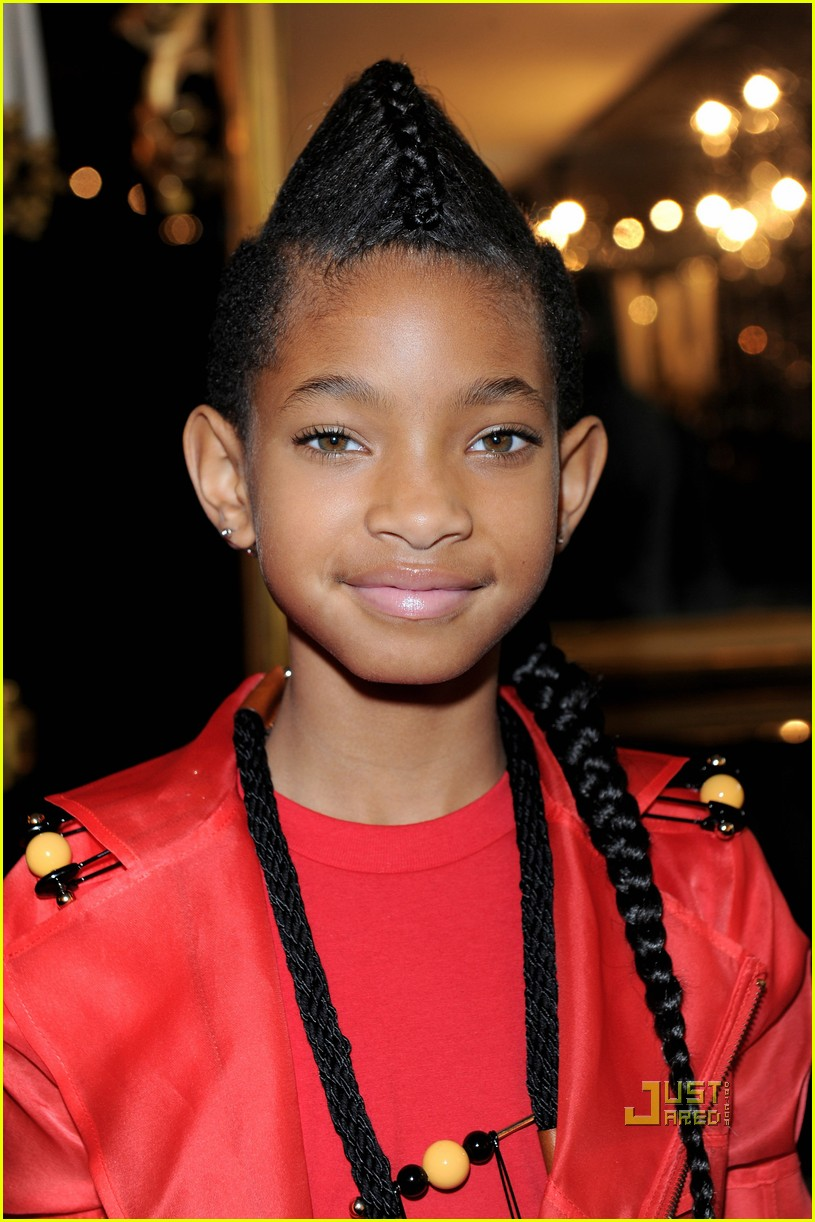 Full Sized Photo Of Willow Smith Faux Hawk Ponytail 04