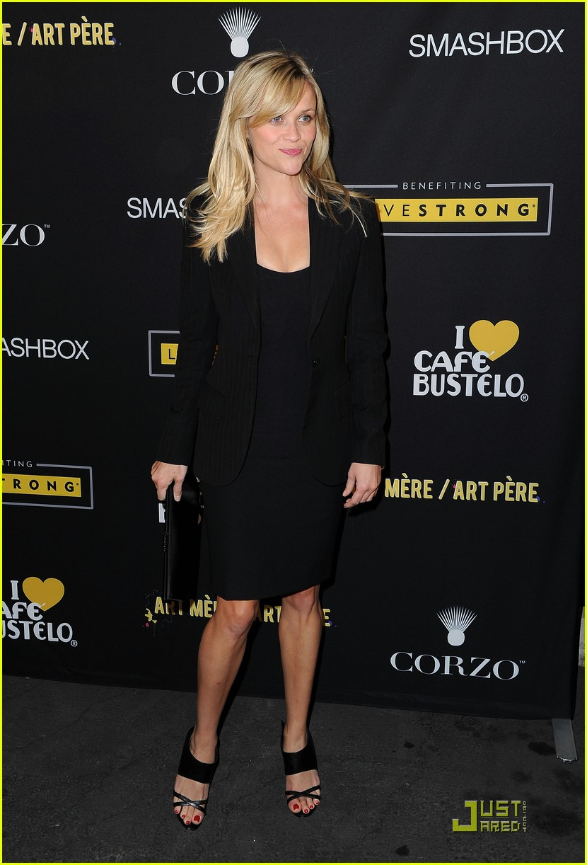 reese witherspoon livestrong foundation 04