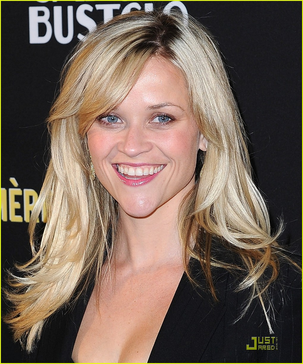 reese witherspoon livestrong foundation 092482479