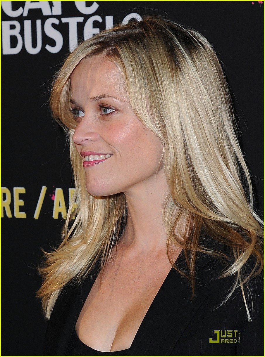 reese witherspoon livestrong foundation 15