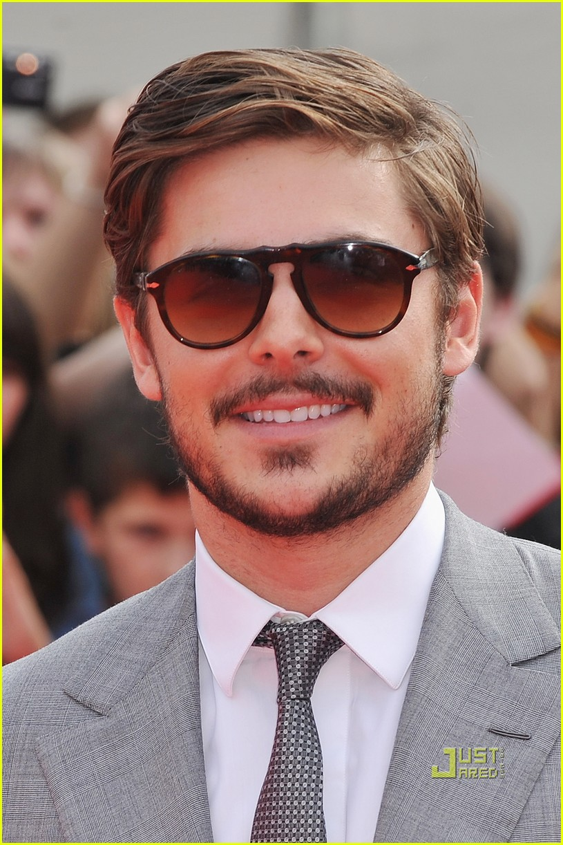 zac efron beard 082479072