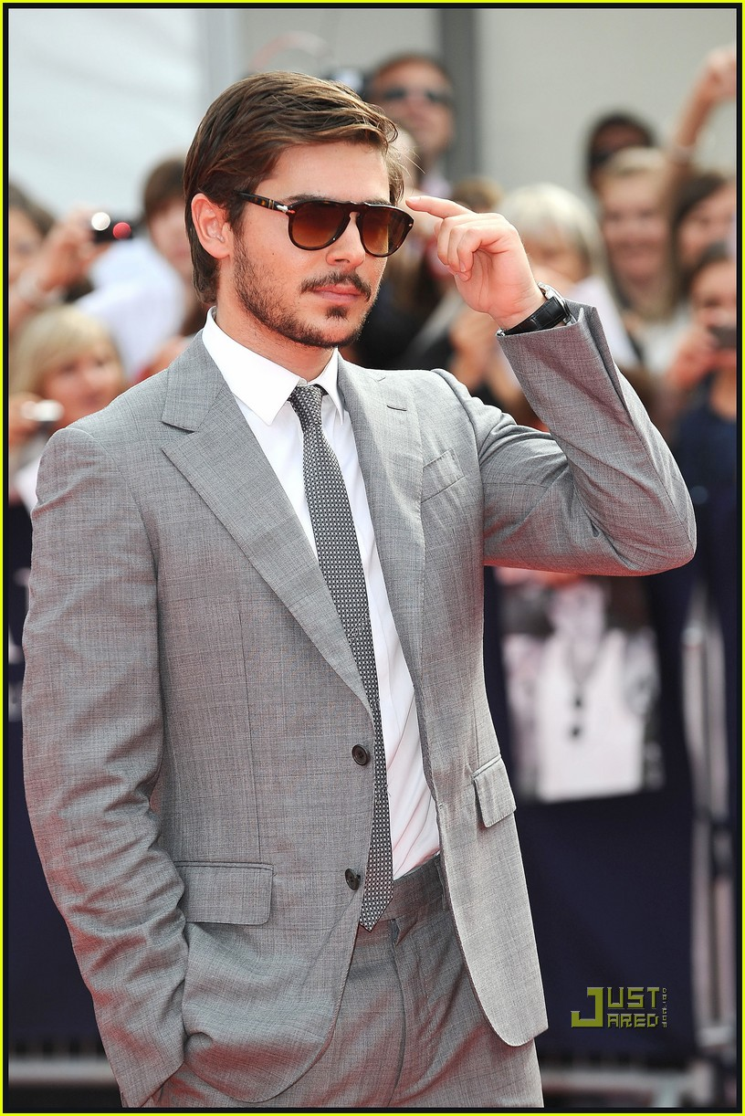 zac efron beard 16