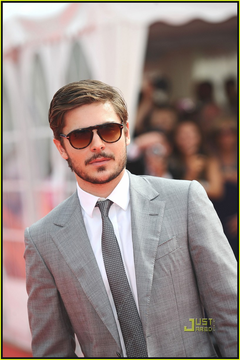 zac efron beard 202479084