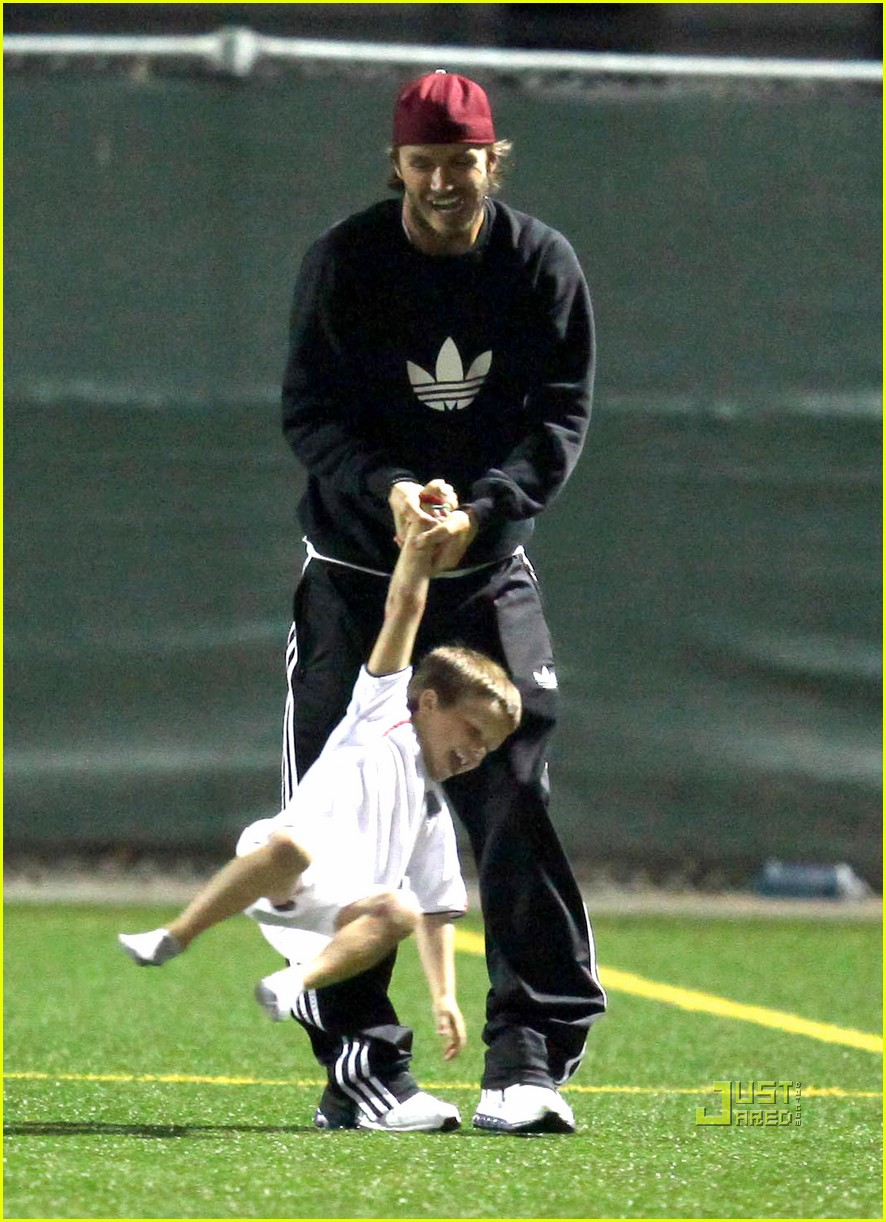 david beckham boys soccer game 022486230