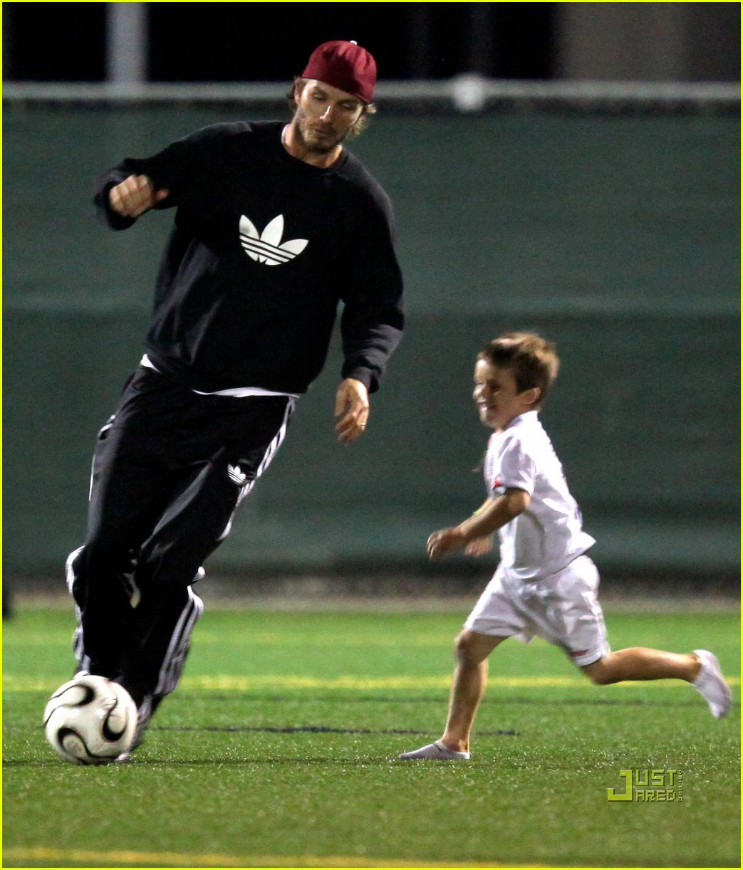 david beckham boys soccer game 032486231