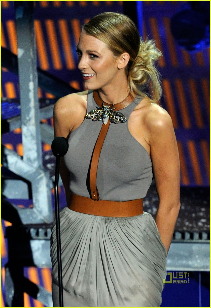 blake lively scream awards 18