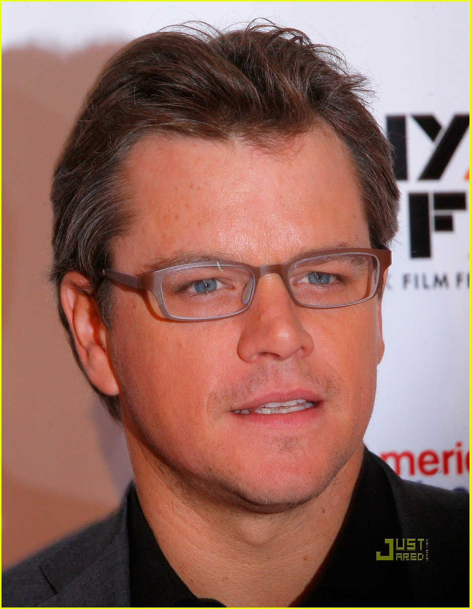 matt damon hereafter premiere with luciana 032486519