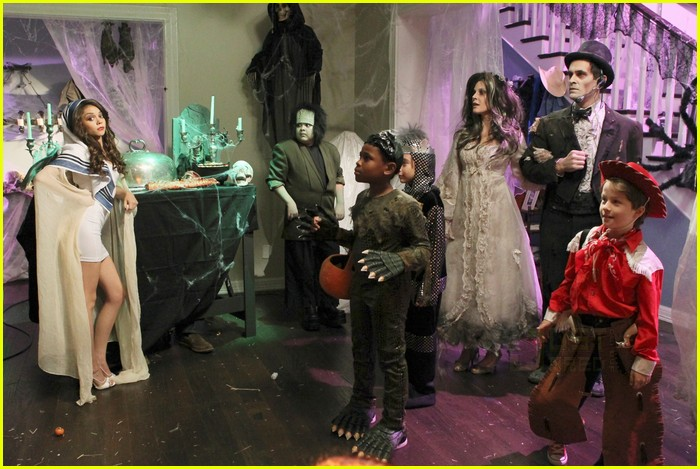 modern family halloween episode 11