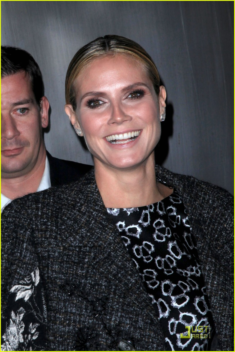 heidi klum teams up with new balance 032485703