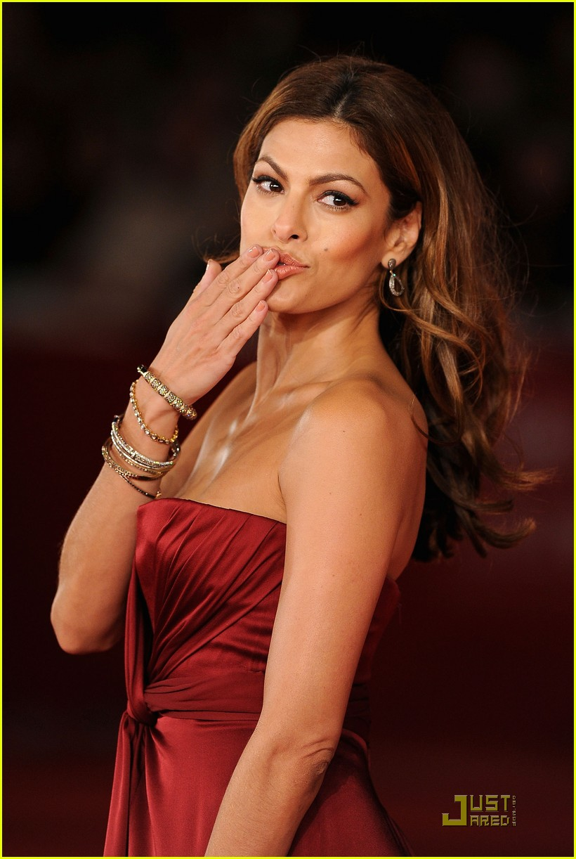 eva mendes red hot 012491698