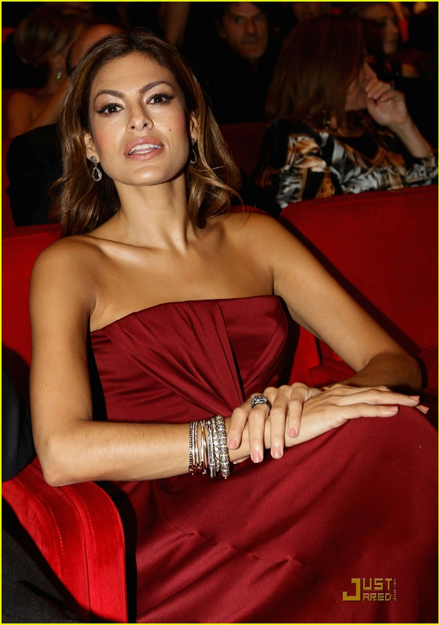 eva mendes red hot 222491719