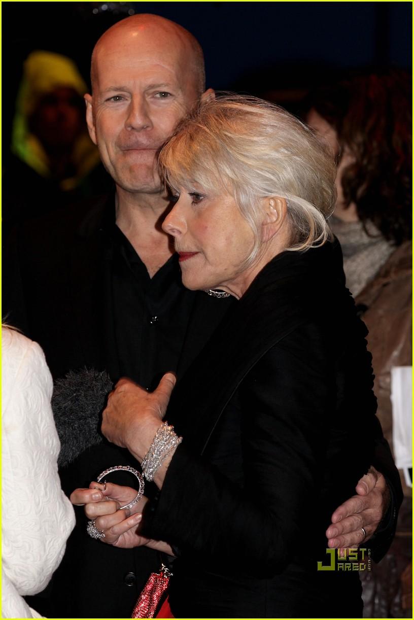 helen mirren bruce willis red uk film premiere 132488889