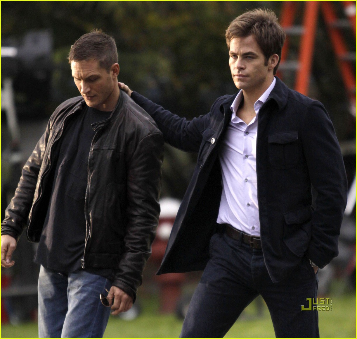 chris pine tom hardy war buddies 102489356