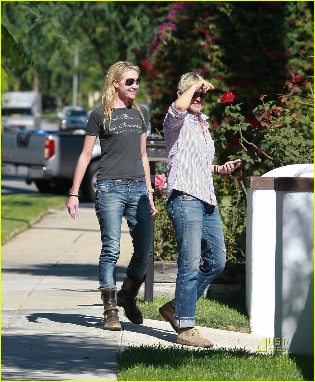 Portia De Rossi Pregnancy: Ellen DeGeneres & Portia De Rossi: Los Feliz Lovebirds