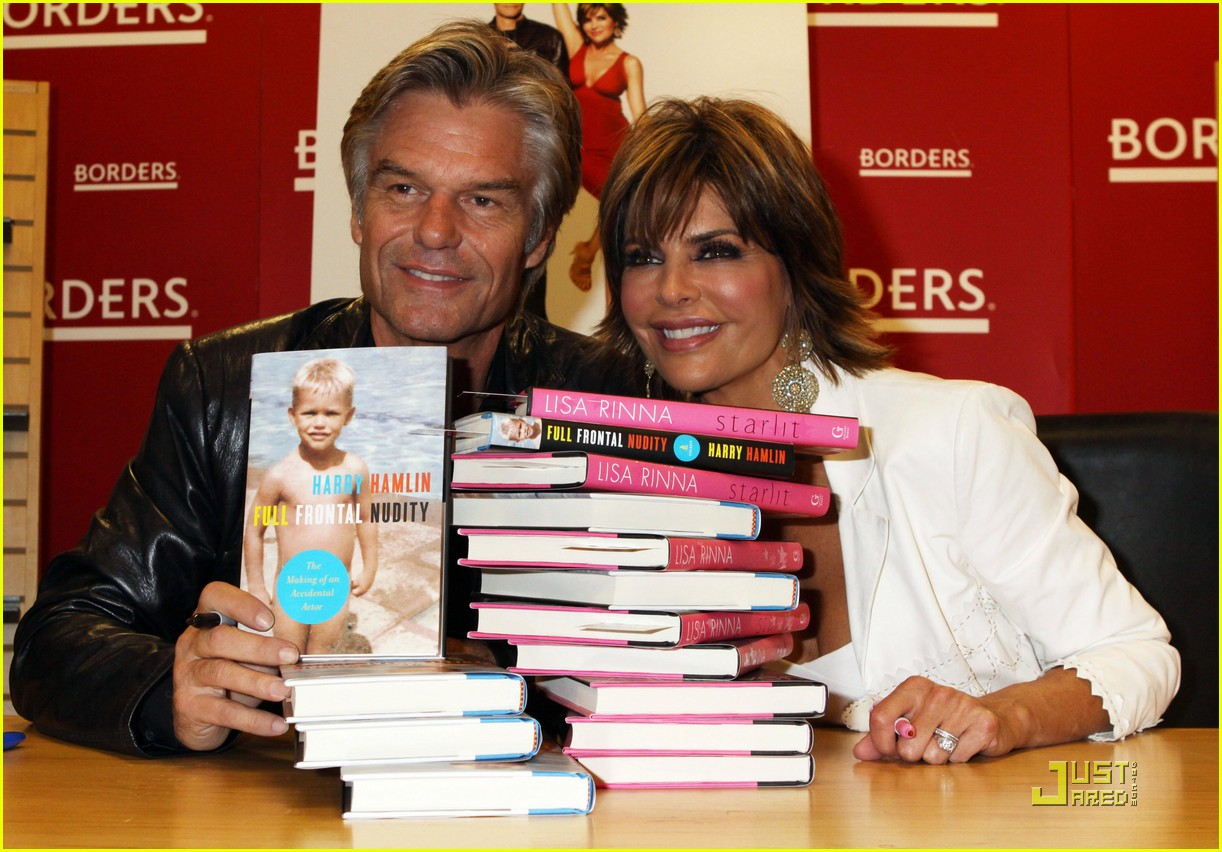 lisa rinna support starlit 03
