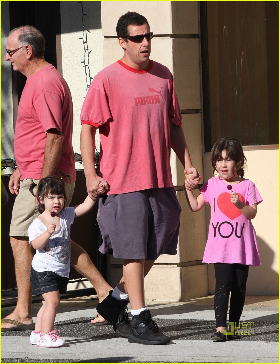 Adam Sandler: Shopping with Sunny and Sadie!: Photo 2486772