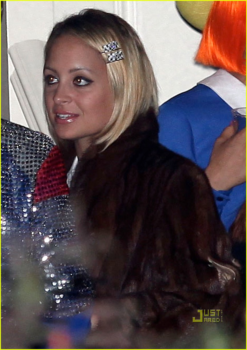gwen stefani kate hudson halloween party 02