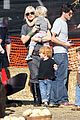 gwen stefani pumpkin patch playtime with zuma and kingston 10