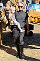 gwen stefani pumpkin patch playtime with zuma and kingston 20