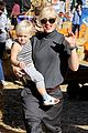 gwen stefani pumpkin patch playtime with zuma and kingston 21