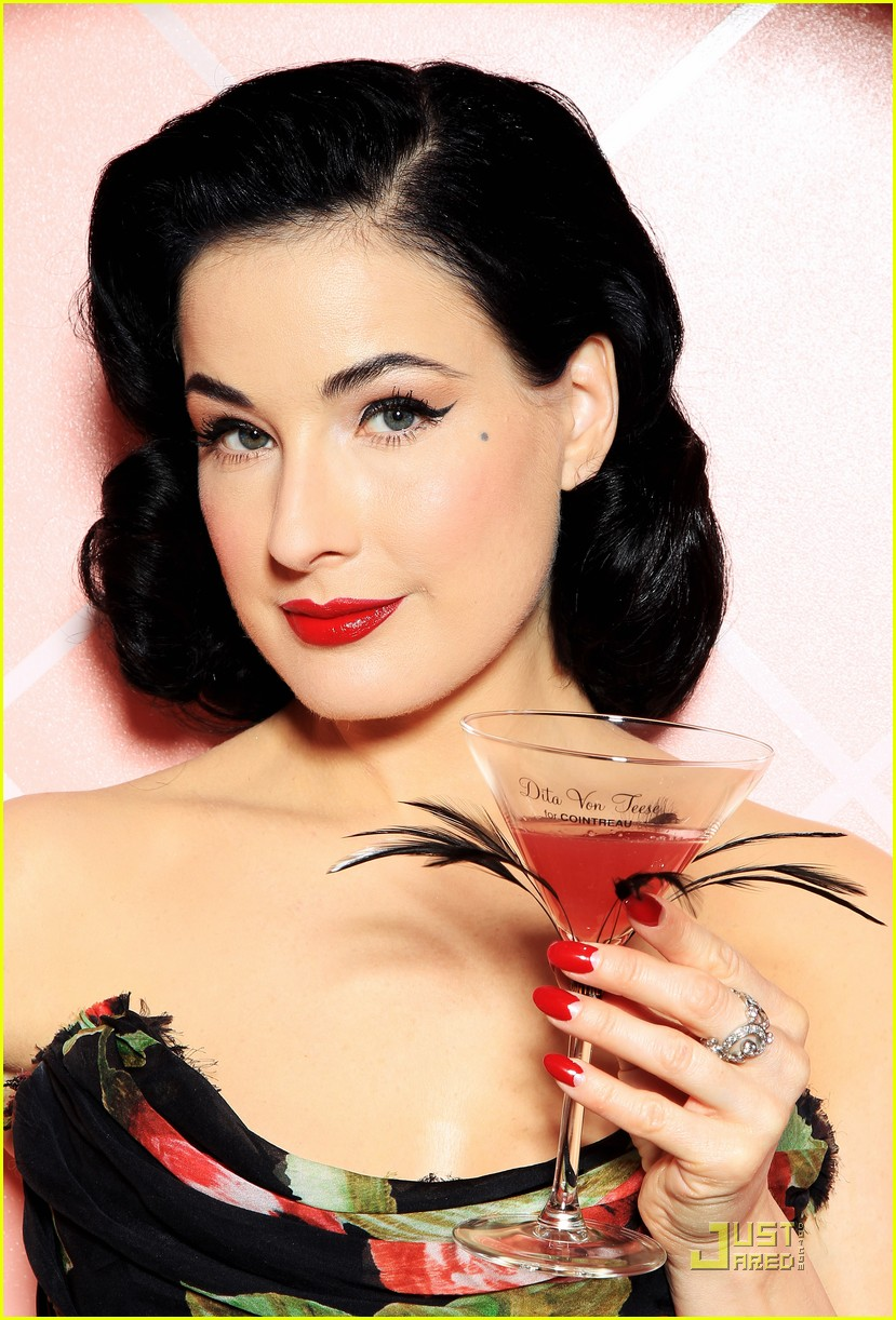 dita von teese gets private cointreau 122489177