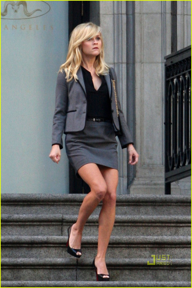 Reese Witherspoon Amp Chris Pine Work On War Photo