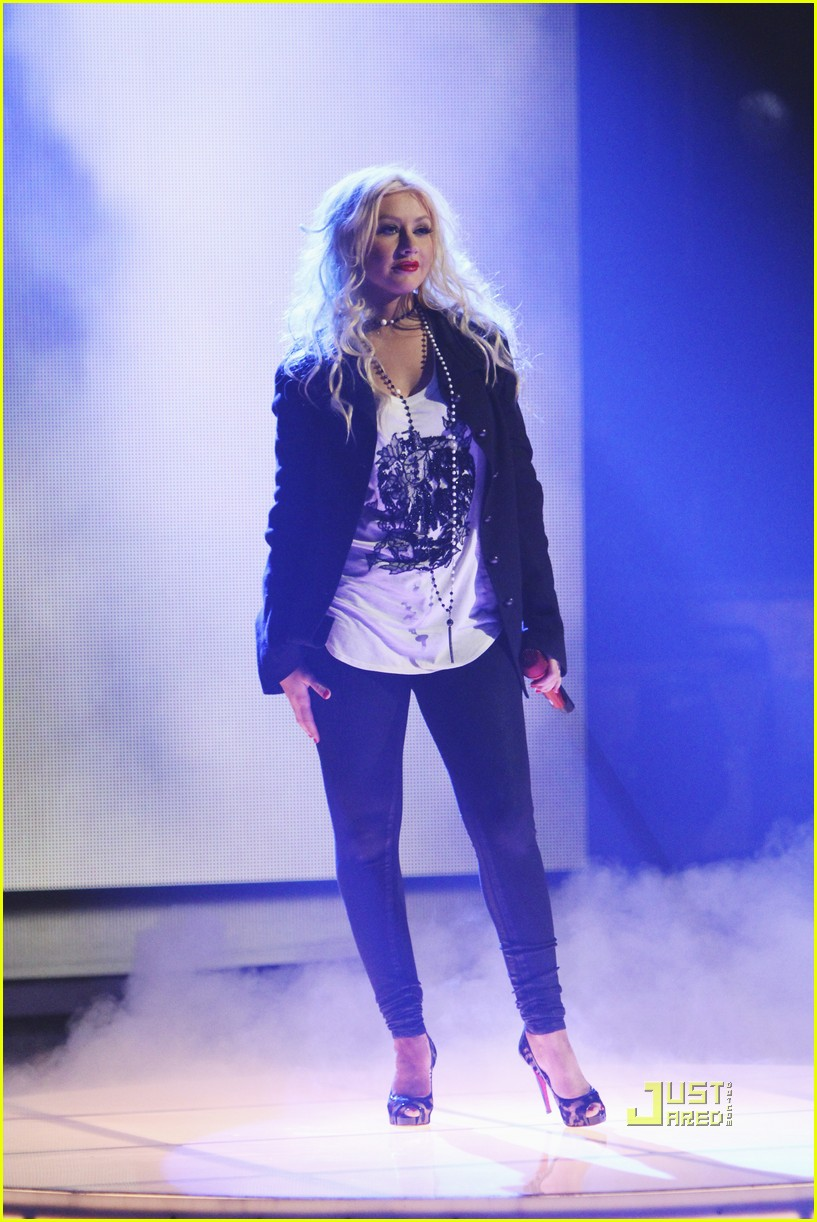 christina aguilera dancing with the stars 06