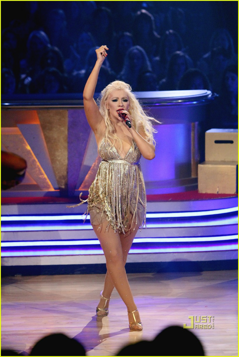 christina aguilera dancing with the stars 09