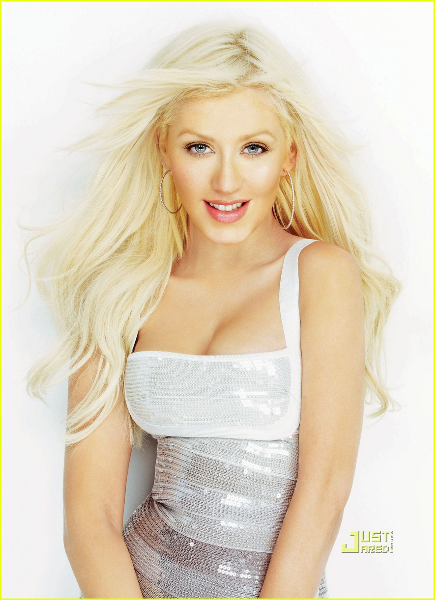 christina aguilera redbook december 2010 04