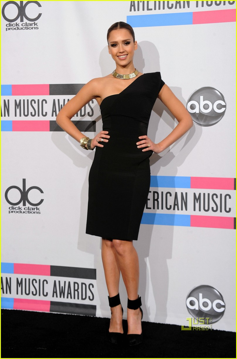 jessica alba amas 2010 15