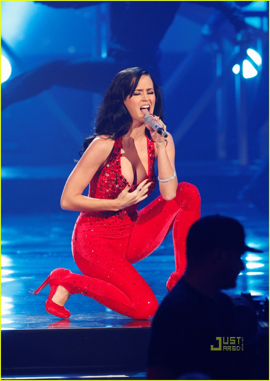 Katy Perry\'s AMAs Performance Video -- Watch Now!: Photo 2497368 ...