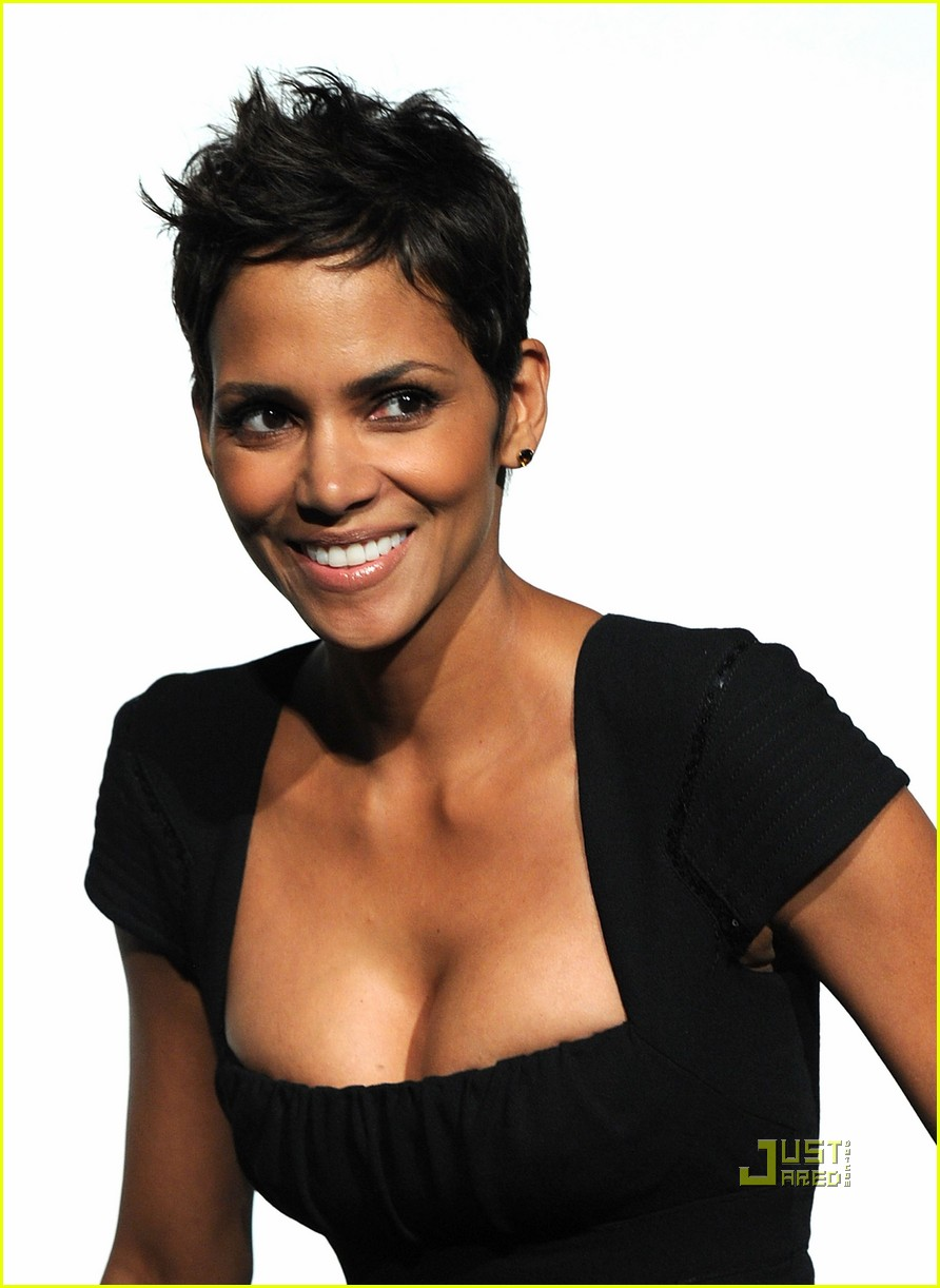 drake dating halle berry 1789 drake pictures check out the latest pictures, photos and images of drake updated: may 03, 2018.
