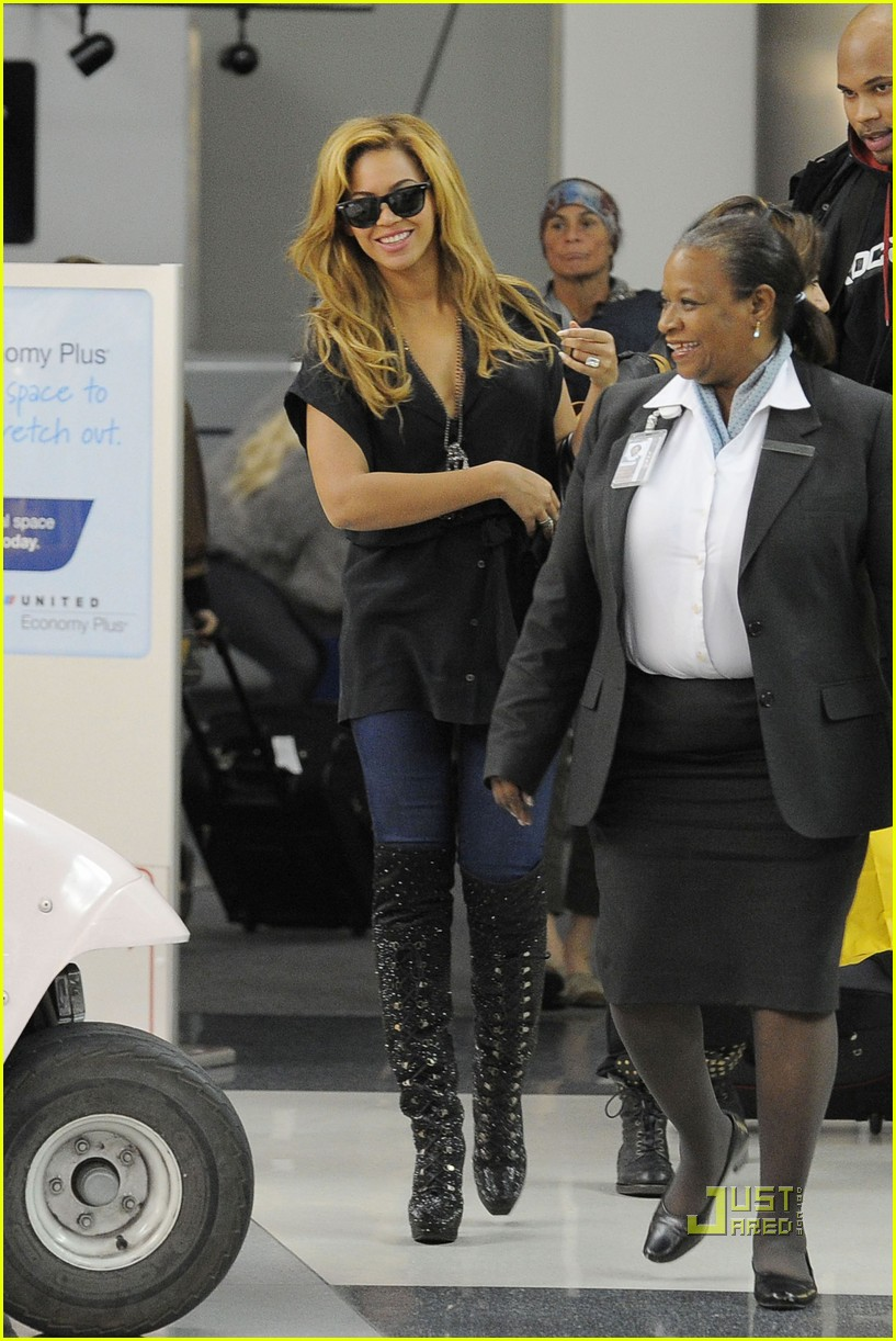 beyonce kim kardashian first class flight 01