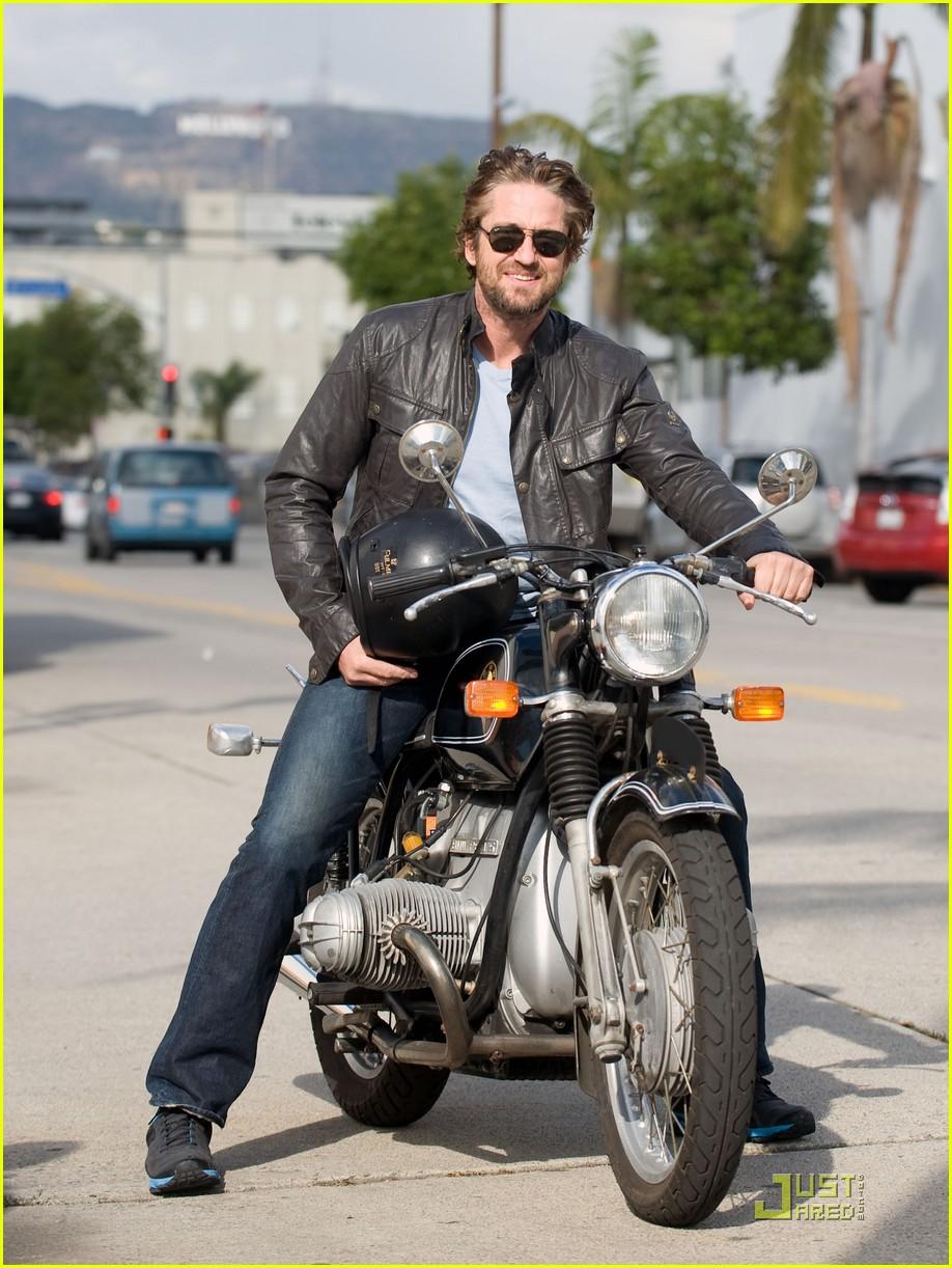 Gerard Butler Motorcycle Man Photo 2498325 Gerard