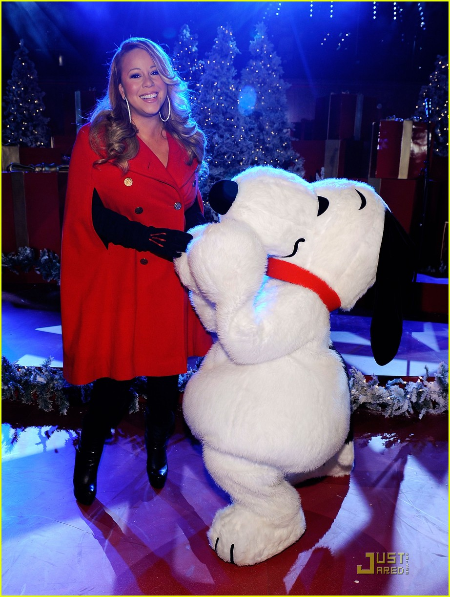 mariah carey snoopy 042496984