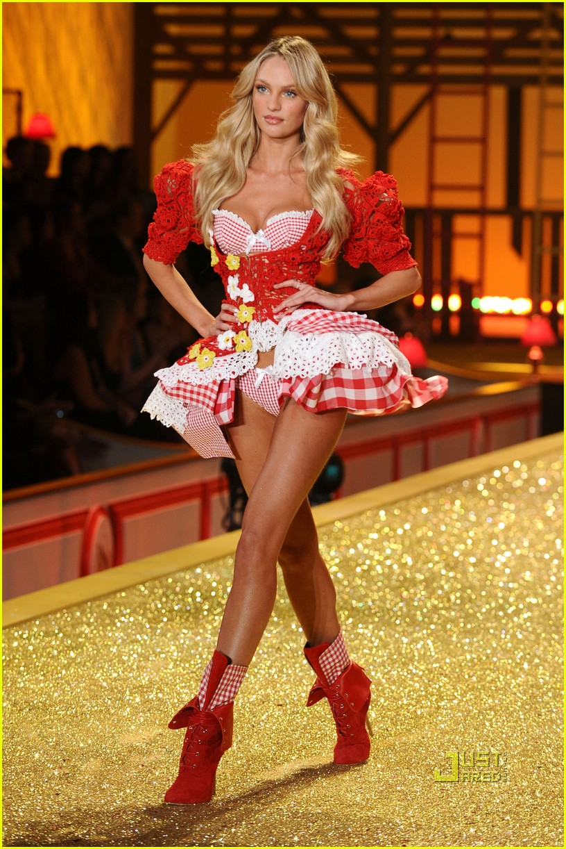 chanel iman lily aldridge candice swanepoel victorias secret fashion show 152494900