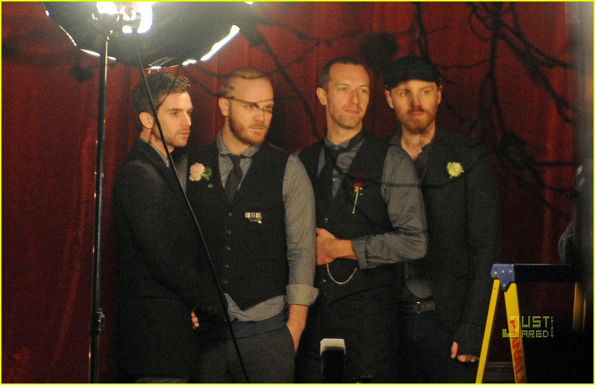 coldplay christmas lights video preview 112498760