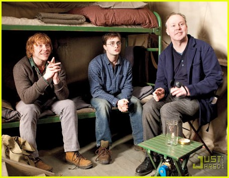 rupert grint shirtless and bloody in deathly hollows 032492990