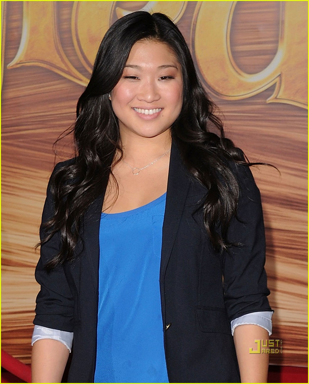 jenna ushkowitz dating history Get all your jenna ushkowitz news and gossip here related: lea michele is dating izombie's robert buckley naya rivera dorsey, jenna ushkowitz, and kevin mchale all stopped by the w hollywood hotel on saturday night to ring in the wiz live star's big day while reminiscing about their musical past at the same.