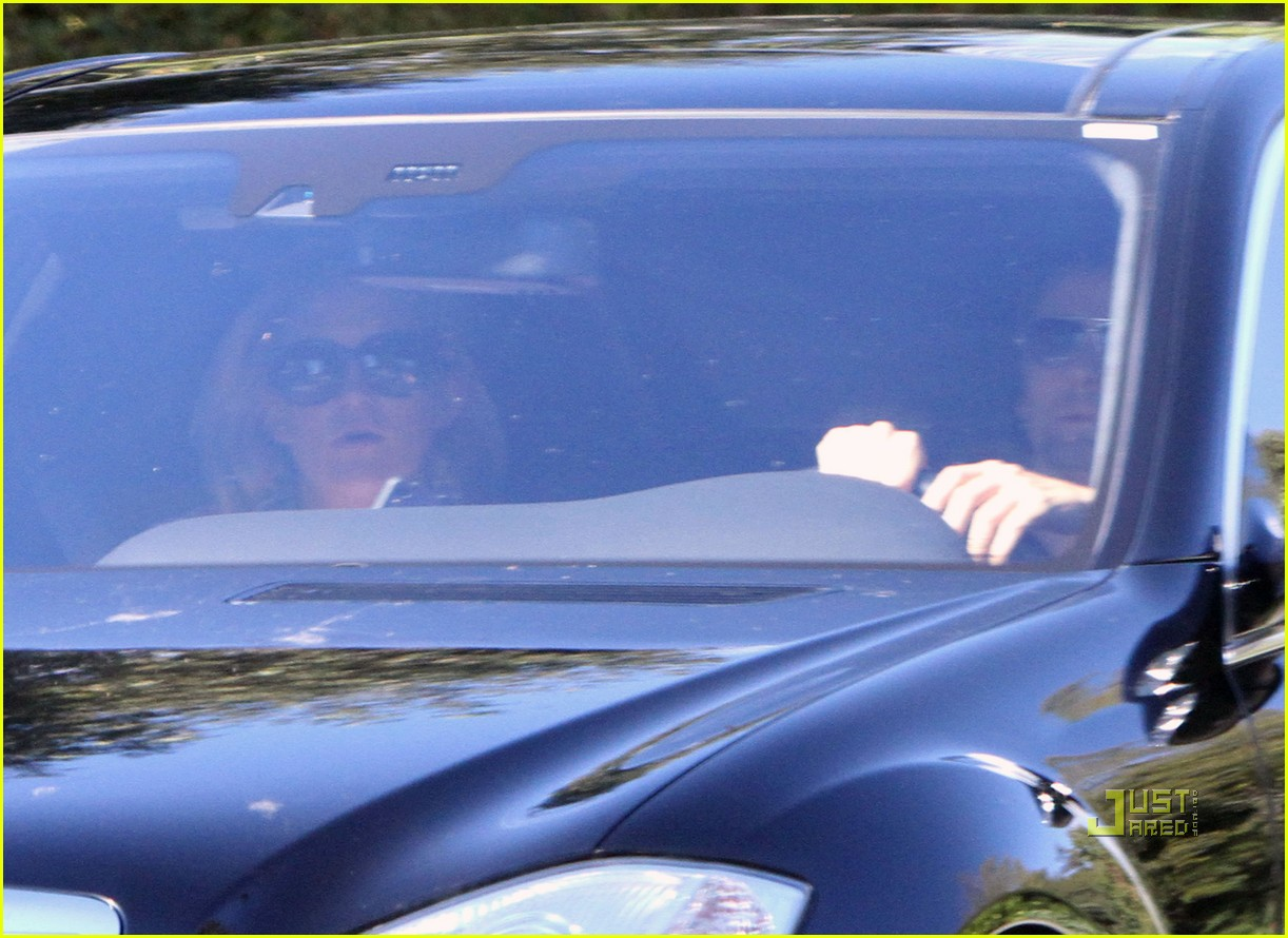 kate hudson matthew bellamy pacific palisades pair 08
