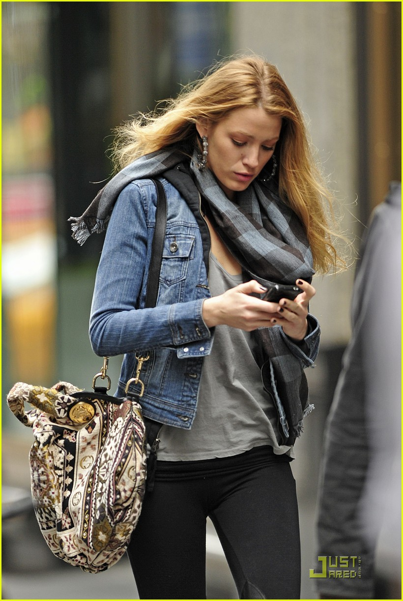 blake lively zegers phone break 062498251