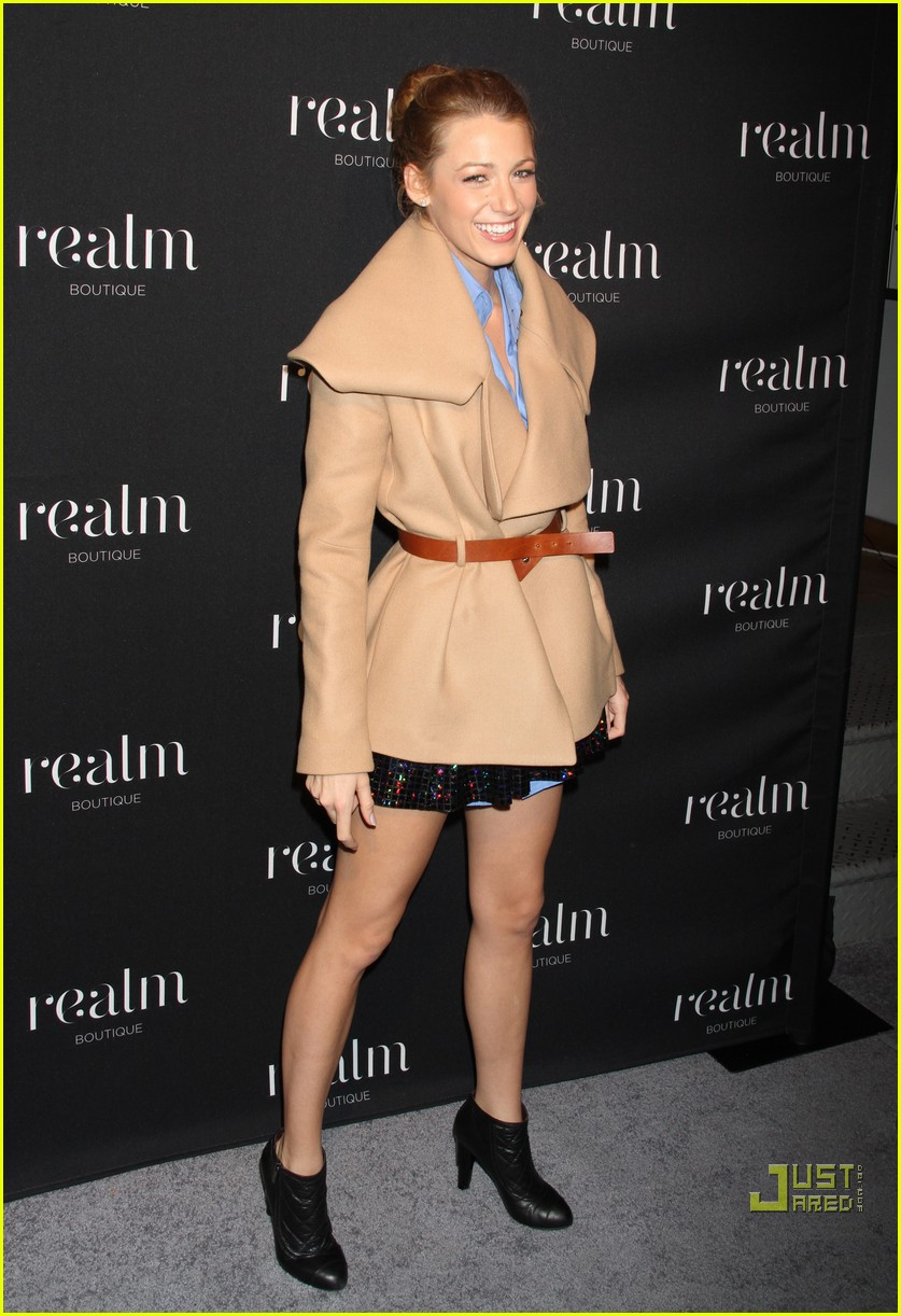 blake lively realm boutique babe 032492871